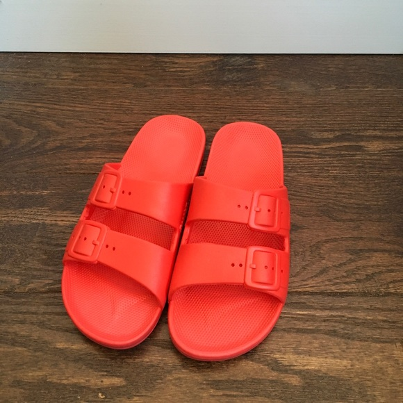 Freedom Moses Sandals 36/37 NWOT